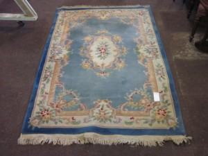 floral patterned Chinese Rug